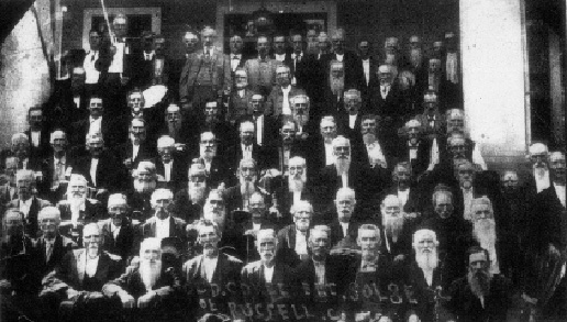 Reunion of the Civil War veterans of Honaker, 1912.